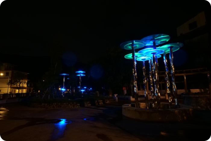歡迎來到阿凡達世界⎪夜晚點燈一秒進入潘朵拉星球,冷泉公園大變身! @捲捲頭 ♡ 品味生活