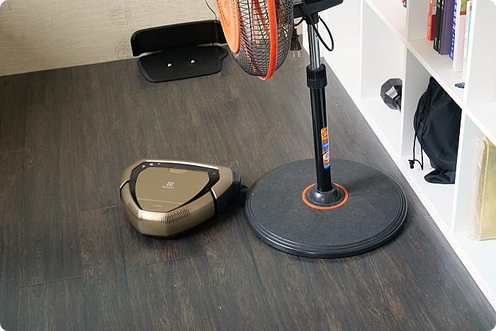 瑞典伊萊克斯Pure i9.2型動機器人⎪ 長眼睛的掃地機,一指選定區域打掃。120分鐘電力,再大的坪數也可輕鬆搞定! @捲捲頭 ♡ 品味生活