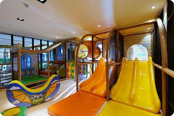 宜蘭飯店⎮村却國際溫泉酒店。客房獨享雙溫泉池X無敵百萬夜景,健身房、兒童遊戲室、大泳池、高空酒吧通通有! @捲捲頭 Wonderful 品味。生活