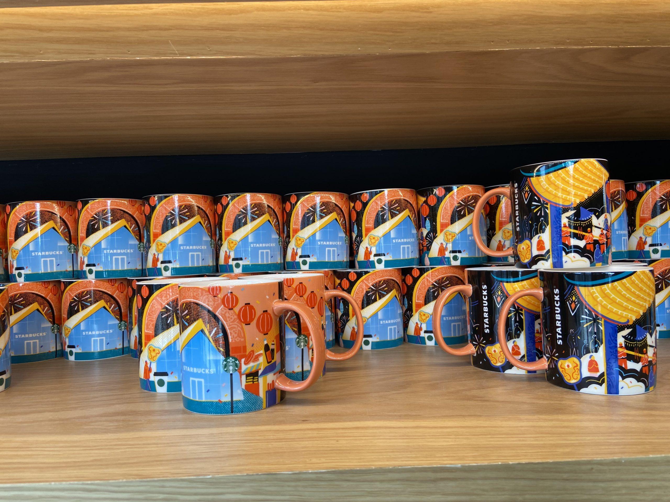 雲林》北港星巴克~坐享一杯咖啡超療癒,超氣派前衛有型建築X超美格柵天花。首賣花生巧克力杏仁捲,還有限定馬克杯可收! @捲捲頭 ♡ 品味生活