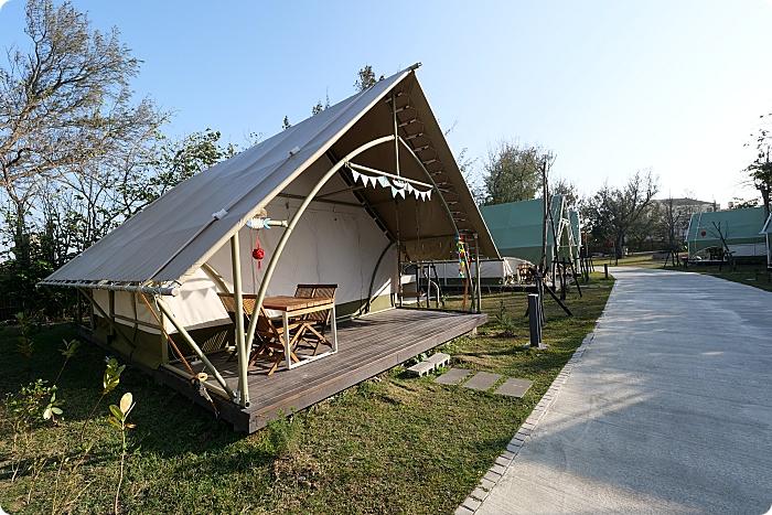 台中露營⎮向海那漾 Nayang Beach。露友大推!精彩戶外活動玩不完,大廚現烤串燒X浮誇的早晚餐,還能觀星、踏浪、看海。全包式豪華露營再加1! @捲捲頭 Wonderful 品味。生活