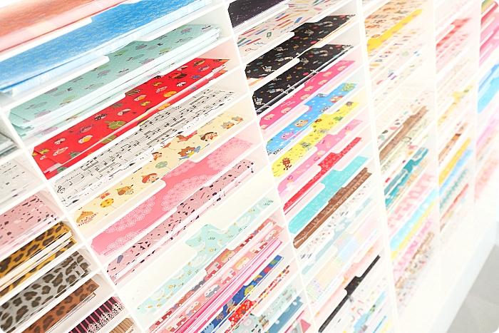 台中》紙博館 紙的空間。隱身巷內的網美文青打卡點,彩色信封牆、四季夢幻紙隧道,免門票好拍又好玩! @捲捲頭 ♡ 品味生活