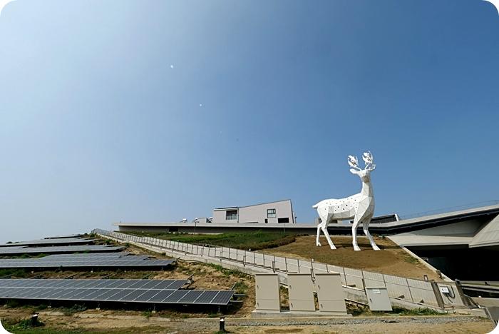 台南》2021新亮點⎟免門票景點⎟大鹿斑比現身山丘,零距離親近超萌超好拍!還有太陽能樹每晚上演七彩LED燈光秀~ @捲捲頭 ♡ 品味生活