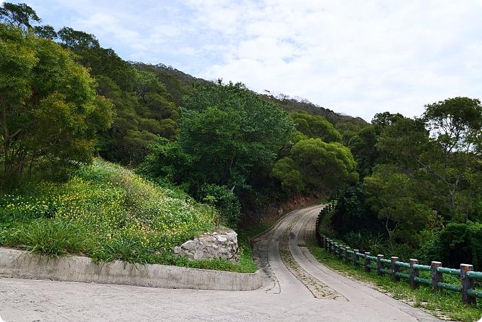 馬祖》秘境尼姑山探險。走進龍貓隧道、看小摩西分海還有視野100分的327觀測所! @捲捲頭 ♡ 品味生活