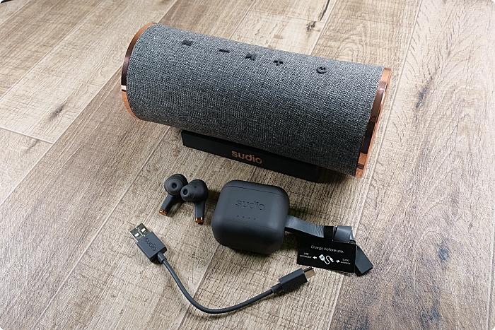 Sudio ETT 無線藍牙耳機》瑞典簡約X網美級藍牙耳機。連續30小時超強播放力,無線充電,IPX5 防水係數。還有捲捲頭專屬官網結帳超低折扣碼喔~ @捲捲頭 ♡ 品味生活