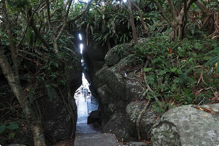 宜蘭》北關海潮公園。超美海濱大景拍起來,還有超美視覺一線天秘境。免費的美麗海岸步道等你來解鎖! @捲捲頭 ♡ 品味生活