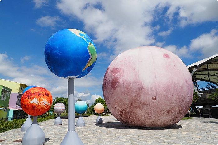 宜蘭》冬山火車站|月亮什麼冬冬2.0升級版|超級月亮現身+12顆小行星閃閃發亮,還能打卡波波草和羊角村~ @捲捲頭 ♡ 品味生活