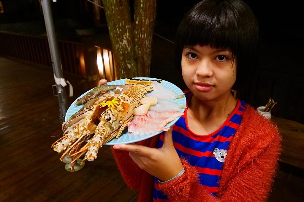 新竹五峰》愛上喜翁豪華露營!來場森林系懶人露營,檸檬塔X達克瓦茲法式甜點料理、高海拔皇宮豪華帳篷…還有星空下的BBQ! @捲捲頭 ♡ 品味生活