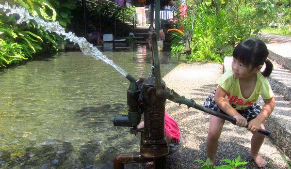 <宜蘭員山旅遊>花泉農場~夏日泡水第一彈 @捲捲頭 Wonderful 品味。生活