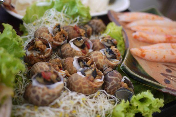 <宜蘭頭城美食>紅螃蟹餐廳。新鮮美味海產,叫我第一名。 @捲捲頭 ♡ 品味生活