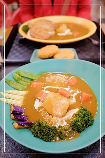 <羅東美食>幸福咖哩,國民平價料理。 @捲捲頭 Wonderful 品味。生活