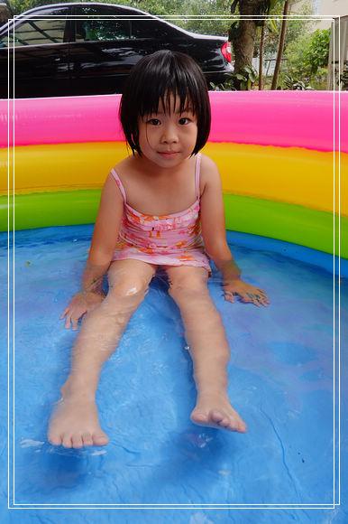 夏季清涼快捷鍵。兒童充氣游泳池~ @捲捲頭 Wonderful 品味。生活
